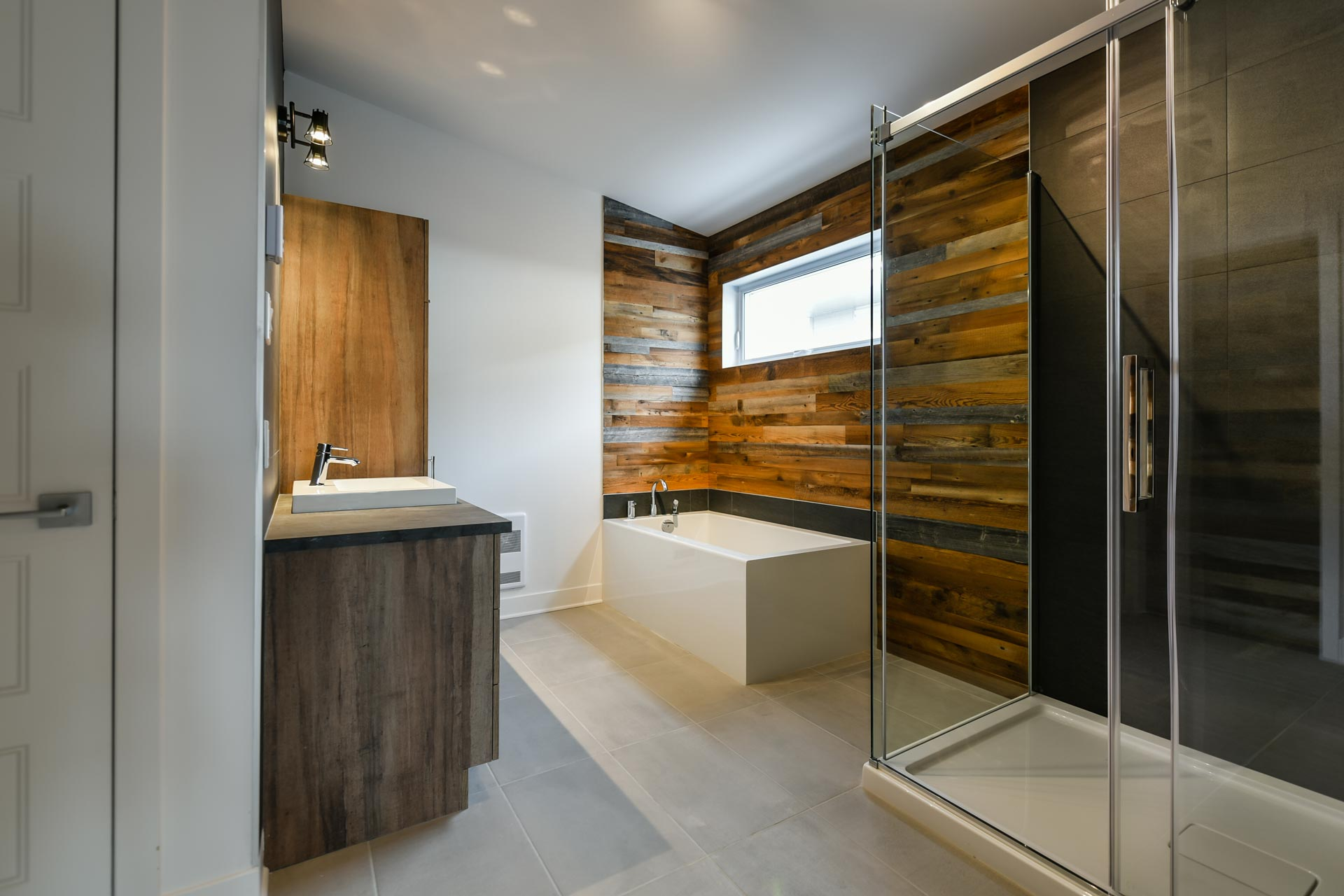 What Are The Latest Trends In Bathrooms?