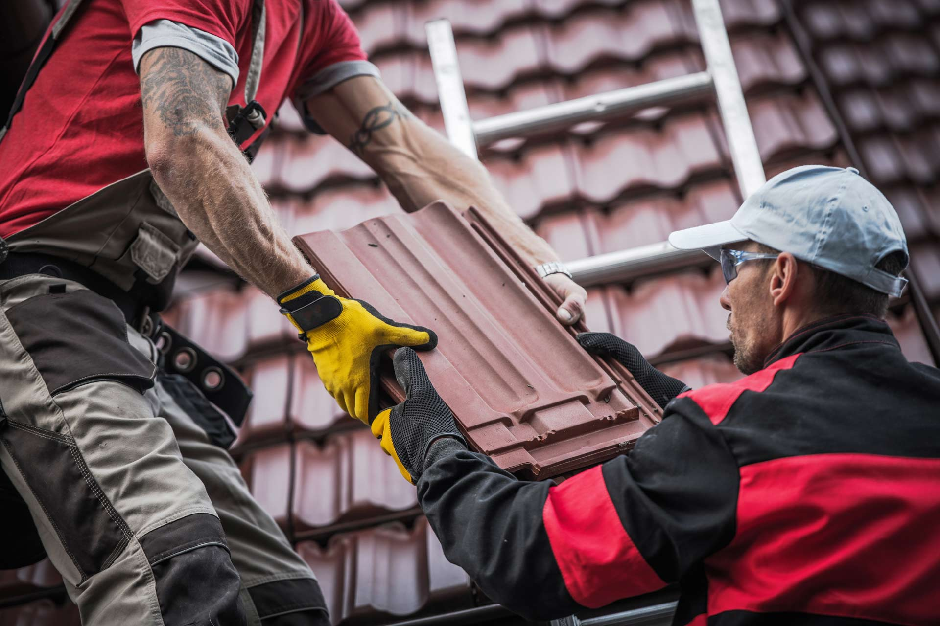 Five Tips To Finding A Roofing Contractor