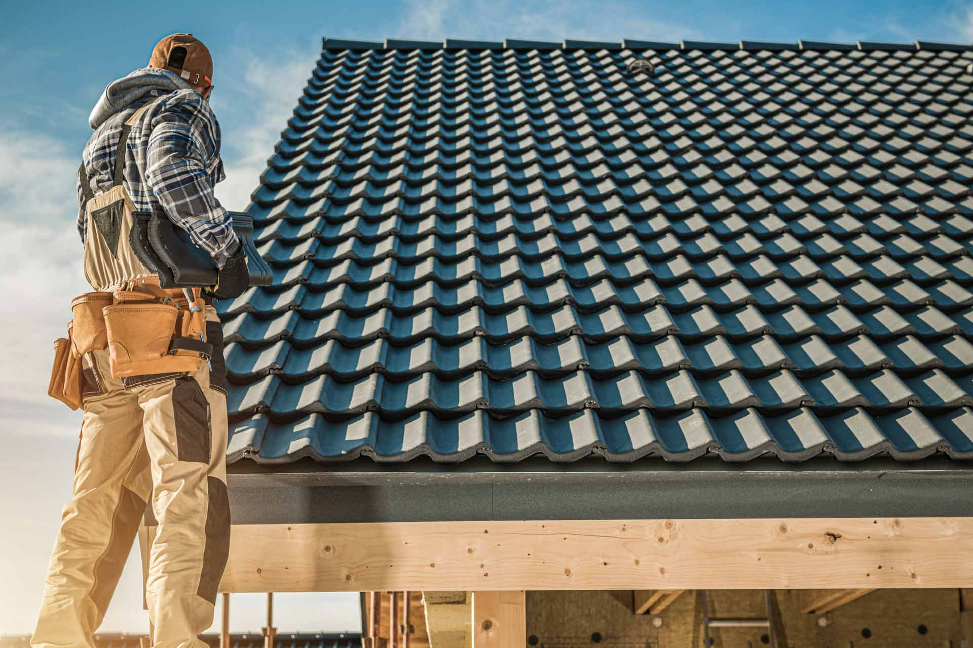 How to Hire a Roofing Contractor?