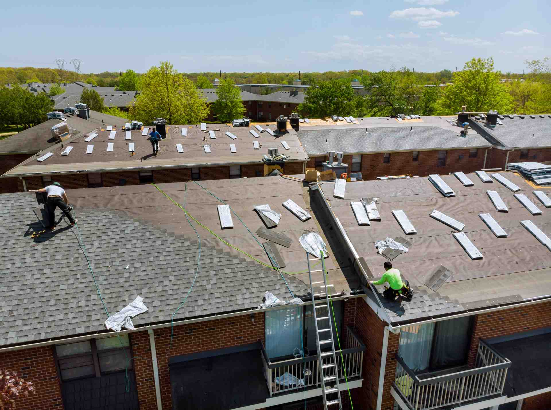 How Do I Know if My House Needs a Roof?